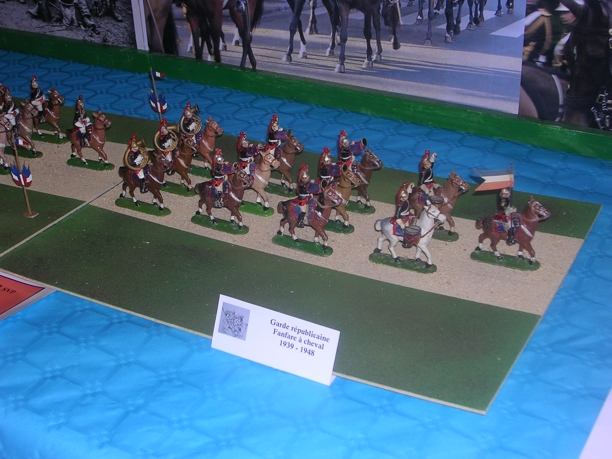 Garde républicaine fanfare à cheval